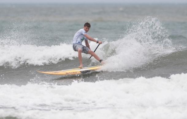 Et sjældent syn af Peter Steinfath i shorts og t-shirt, mens han er i vandet. Foto: ISA